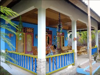 ROOM 4 RENT N 2 - Shared House AC FAN WIFI KITCHEN - Gili Air vacation rentals