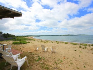 GOLLB - Waterfront, Private Beach, Gorgeous Water Views, Room AC, Wifi - Oak Bluffs vacation rentals
