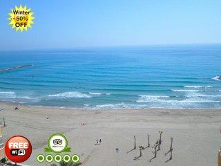 1744704 – El Campello Beachfront - Campello vacation rentals