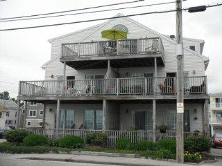 Y833 - York vacation rentals