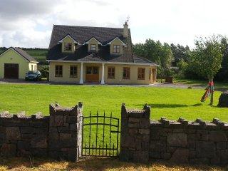 Beautiful Large detached house near Westport, - Westport vacation rentals