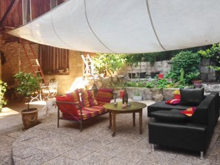 Fancy house with furnished terrace - Aramon vacation rentals