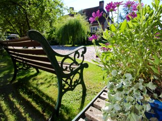 Beautiful 1 bedroom Cottage in Steyning with Internet Access - Steyning vacation rentals