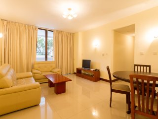 Pool and Garden view 2 bedroom apartment for rent - Colombo vacation rentals