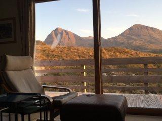 Comfortable 2 bedroom Lodge in Kylesku with Internet Access - Kylesku vacation rentals