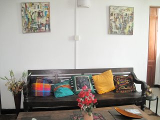 Lovely  2 Bedroom Flat in Down Town Colombo - Colombo District vacation rentals