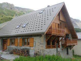 Appartement-chalet n°1 4 étoiles 150 m2 4 chambres - Le Monetier-les-Bains vacation rentals