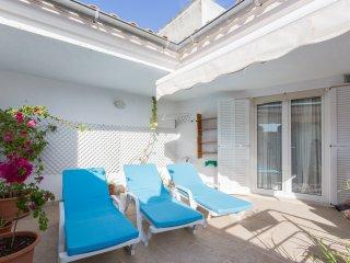 Perfect Condo with Internet Access and Wireless Internet - Porto Cristo vacation rentals