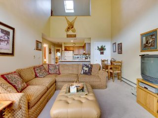 Ski loft condo near Pico Mountain w/ slope views! - Killington vacation rentals