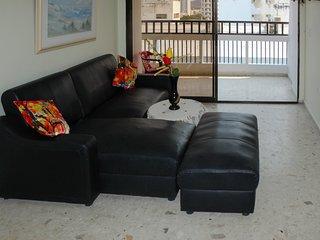 Apartamento con balcón y vista al Mar 1006KA - Santa Marta vacation rentals