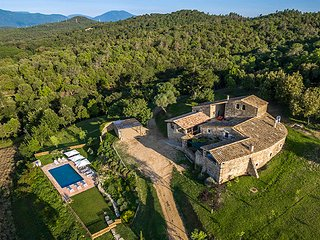 12C Historic Stone Manor: 8 BR, 6 BA, Pool, SPA. - Province of Girona vacation rentals
