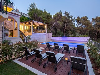 Sunny One-Bedroom Apartment with Balcony - Trogir vacation rentals