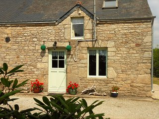 Ash Tree cottage with heated pool - Quistinic vacation rentals