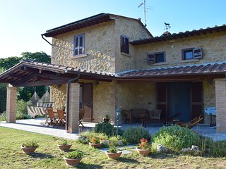 Tuscan home in Etruscan landscape - Volterra vacation rentals