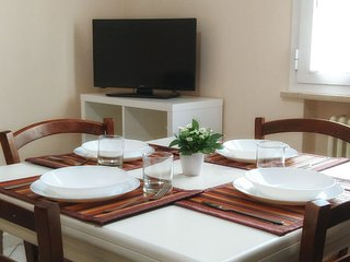 2 bedroom Condo with Internet Access in Miramare Di Rimini - Miramare Di Rimini vacation rentals