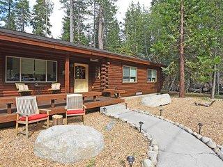 Renovated Chambers Landing Cabin - Tahoma vacation rentals