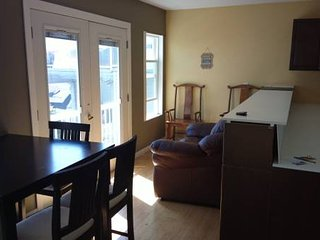 2 Bedroom 1 Bath Cottage for Your Vacation - White Rock vacation rentals