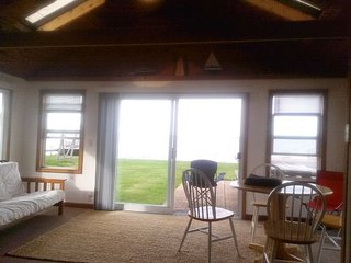 2 Bedroom Beachfront private cottage - Houghton Lake vacation rentals