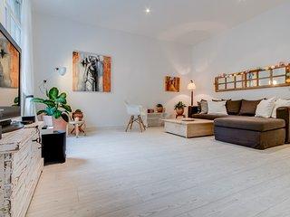Le République T3 A/C plein centre - Aix-en-Provence vacation rentals