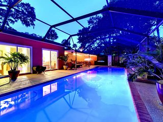 Romantic Retreat with your own Private Pool - Sarasota vacation rentals