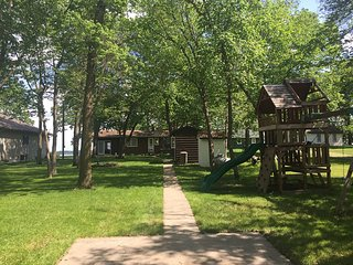 Private Vacation Home on West Battle Lake - Darwin vacation rentals