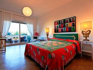 Borromini Cozy and Colourful - Rome vacation rentals