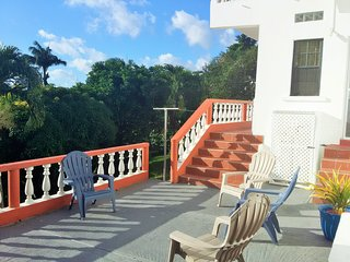 St George's condo - 3 bedrooms, 2 bathrooms , fully furnished , spacious, secure - Saint George's vacation rentals