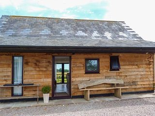 SPITFIRE BARN, mostly ground floor, WiFi, pet-friendly, countryside views, in - Dover vacation rentals