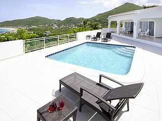 Rising Star - Ideal for Couples and Families, Beautiful Pool and Beach - Dawn Beach vacation rentals