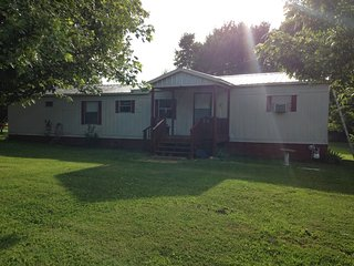 Cozy Guest house with Internet Access and A/C - Hornbeak vacation rentals