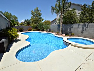 NV5438 Cozy home, pool, spa and pool table - North Las Vegas vacation rentals