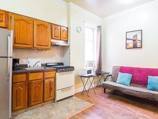 See & Visit NYC in Minutes - Union City vacation rentals