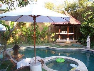 Bright 6 bedroom Denpasar Condo with Internet Access - Denpasar vacation rentals