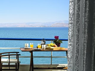 Waterfront Holiday Studio Apartment, Amazing Sea View,  Kiveri village, Nafplion - Nauplion vacation rentals
