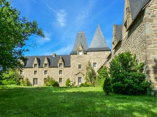 Traditional mansion 10km to the zoo - Combourg vacation rentals