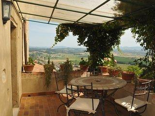 Appartamento Giuliano - Palaia vacation rentals