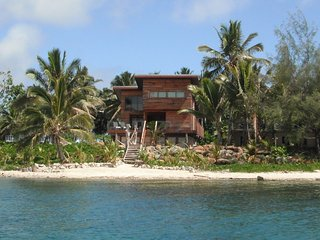 Kaireva Beach House - Boat Mooring & Wedding Venue - Muri vacation rentals