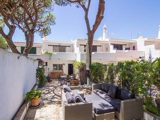Jenni Villa, Vale do Lobo, Algarve - Vilamoura vacation rentals