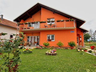 4 bedroom Condo with Central Heating in Otocac - Otocac vacation rentals