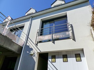 Sunny house with terrace & views - Sene vacation rentals