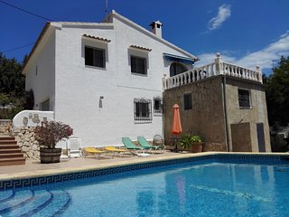 Villa Elvira - Villa with pool close to the beach - Calpe vacation rentals