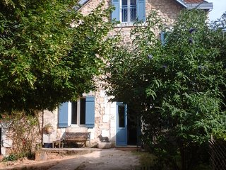 La Maison Bleue chambre d'hôtes en Périgord - Brantome vacation rentals