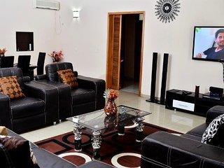 LuxuryFlats Victoria Island, Lagos - Lagos vacation rentals