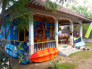 ROOM 4 RENT N 4 Shared House - AC FAN WIFI KITCHEN - Gili Air vacation rentals