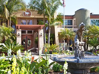 2 bedroom Resort with Internet Access in Solana Beach - Solana Beach vacation rentals