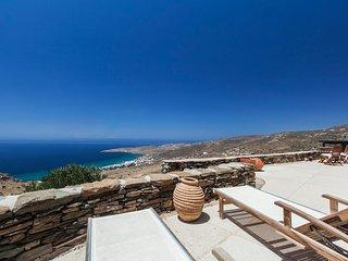 Cozy 3 bedroom Exomvourgo Villa with Washing Machine - Exomvourgo vacation rentals