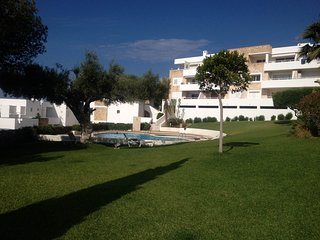 2 bedroom Condo with Internet Access in Roca Llisa - Roca Llisa vacation rentals