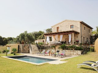 12711 Enjoyable Villa & pool close the beaches - Pollenca vacation rentals