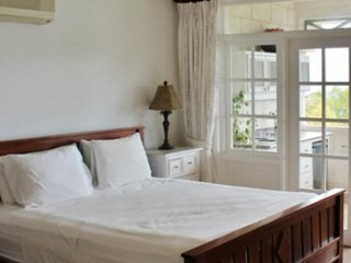 Summerlands Penthouse 106 3 Bedroom SPECIAL OFFER - Prospect vacation rentals