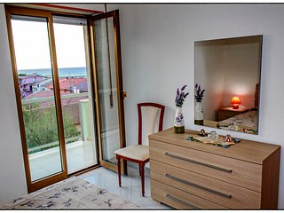 Bright 2 bedroom Condo in Cariati Marina with Elevator Access - Cariati Marina vacation rentals